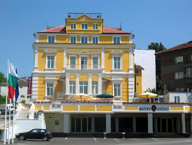 Хотел Ана Палас