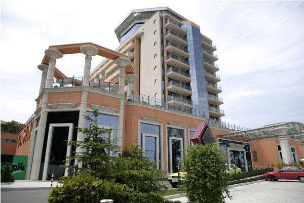Хотел-казино Астера