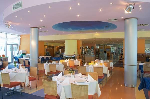 Хотел Koral